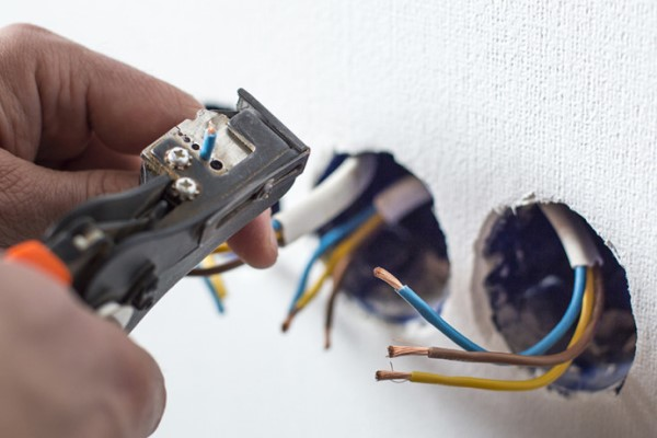 Rewiring & Fault Finding for your electrical circuit in Worksop